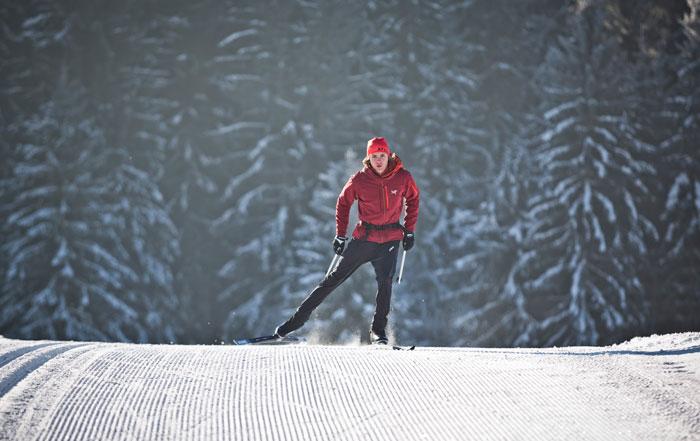 attrezzatura sci di fondo stile skating