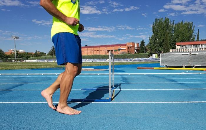 Barfußlaufen gesund natural running