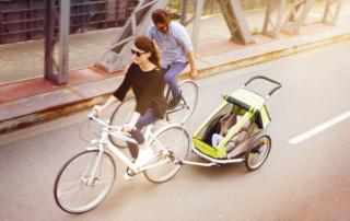 In bici con bambini