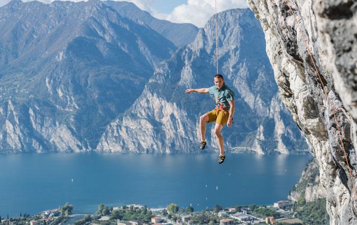le giuste scarpe da arrampicata